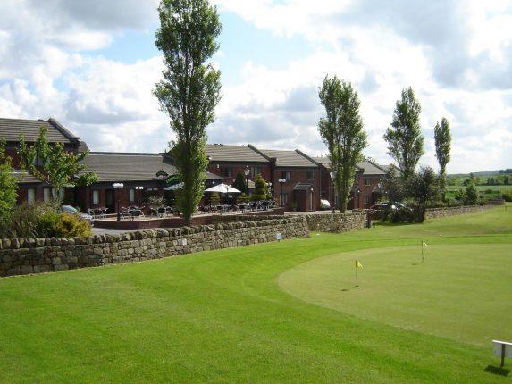 Midgley Lodge Motel & Golf Club